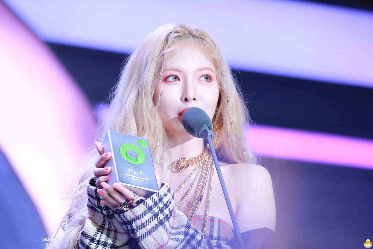HyunA, Melon music awards 2017, G-friend, Red velvet