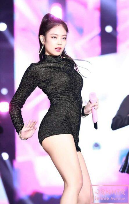 Especially, Jennie's body is always on top of the best ones. Dispatch also deems that Jennie's body contains only 1% fat. Recently, she is considered to be one of the most beautiful idolsof next generation in Korea.