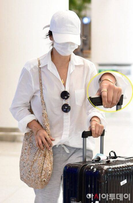 song hye kyo no wedding ring on her hand kbizoom