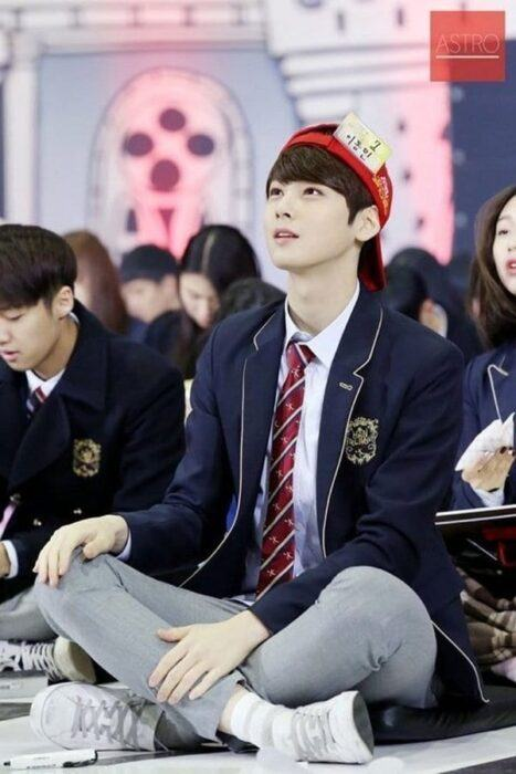 Cha Eunwoo participated in 'Golden Bell Ring' when he was a student of Hanlim Art School
